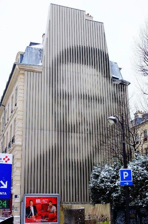 Paris 10 - rue du Faubourg St Denis - street art