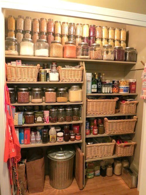Economat cellier maison rangement pinterest cellier rangement et a - Rangement cellier cuisine ...