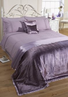 Diamonte Scallop Duvet Cover Set Mauve 163 24 50 Bedding
