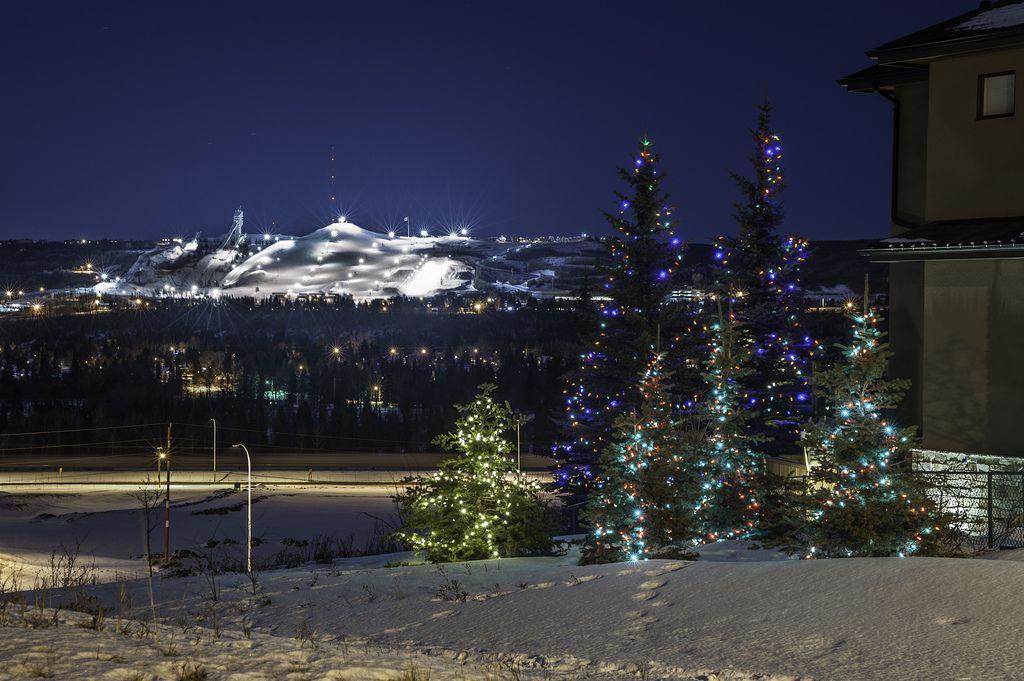 COP lit up Calgary YYC anybody plan on skiing over