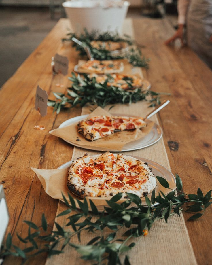 48 Wedding Pizza Food Bar To Get Inspired Page 5 Of 48 You And Big Day In 2020 Pizza Wedding Wedding Food Food