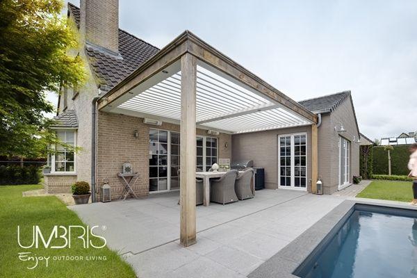 Terrasoverkapping aangebouwd aan woning umbris lamellendak met landelijke look dankzij extra - Buiten terras model ...