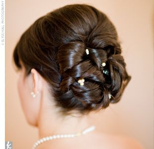 Loopy Updo With Pouf Hairstyles For Thin Hair Wedding Hairstyles Hairdo Wedding