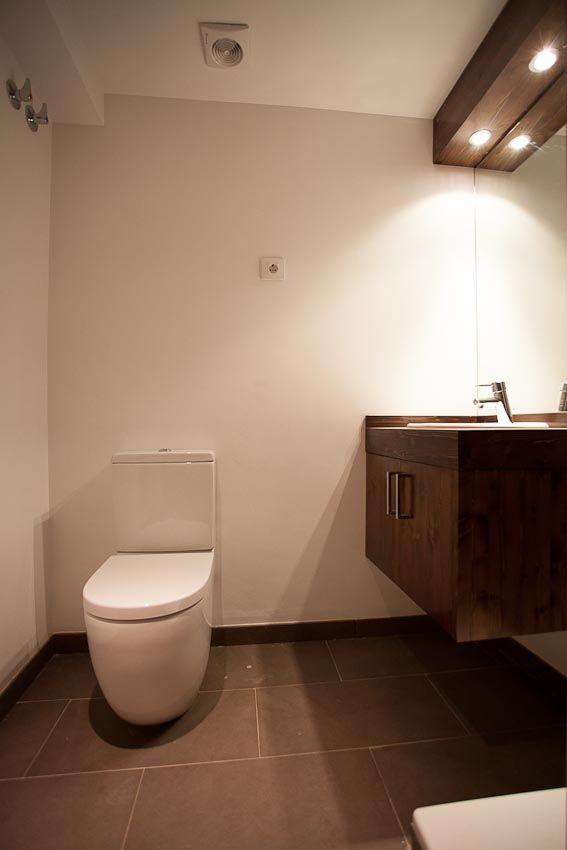 Baño de la segunda planta del edificio en la calle #Gosol de #Barcelona | #bathroom #flat #design #classic #style