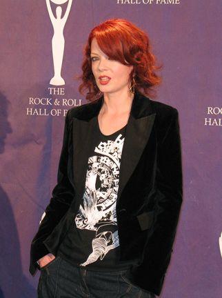 Shirley Manson Terminator Sarah Chronicles Jpg 322 432 High Fashion Hair Shirley Manson Celebrities Female