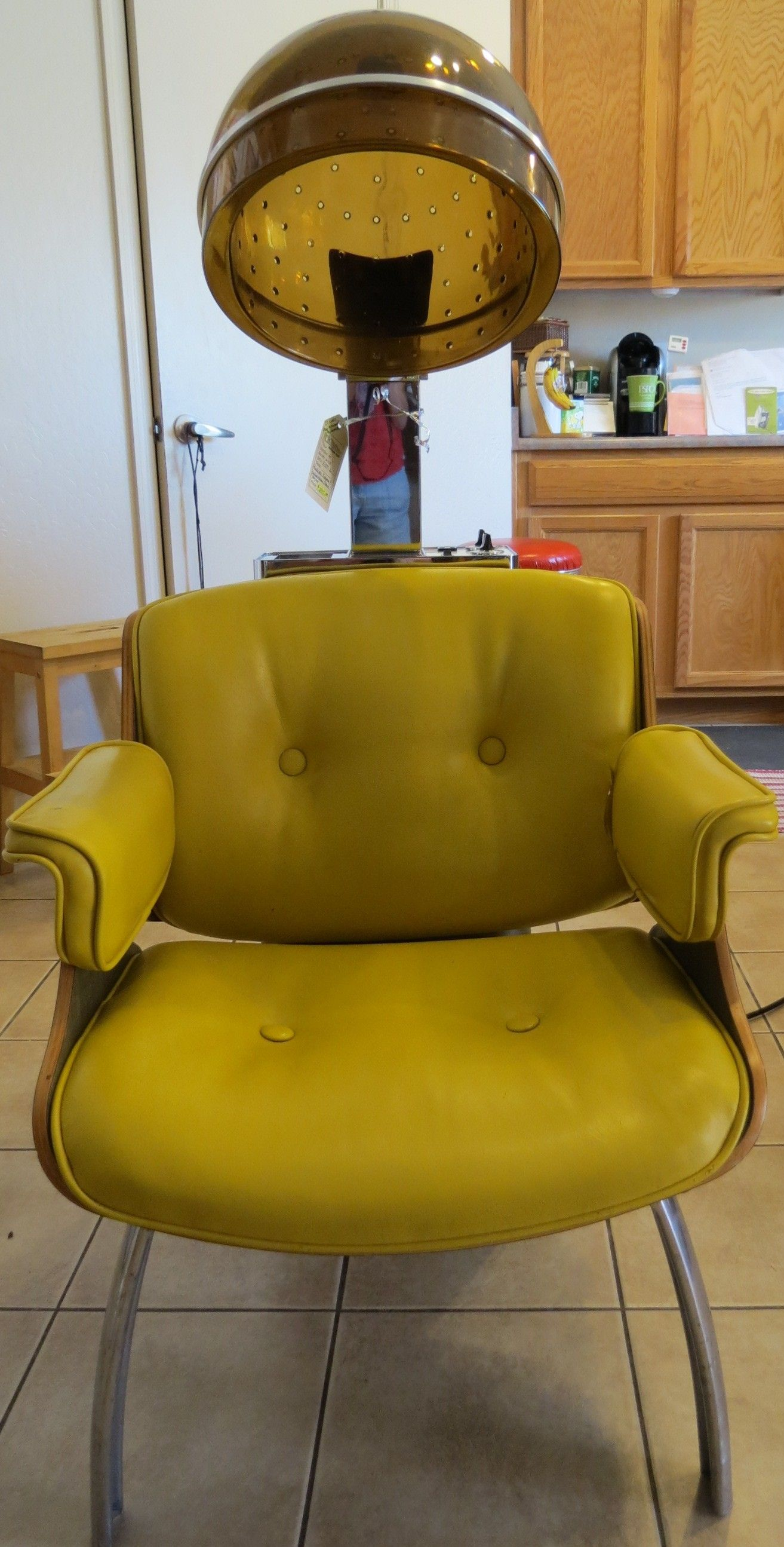 This mid-century modern beauty salon chair sold from booth ...