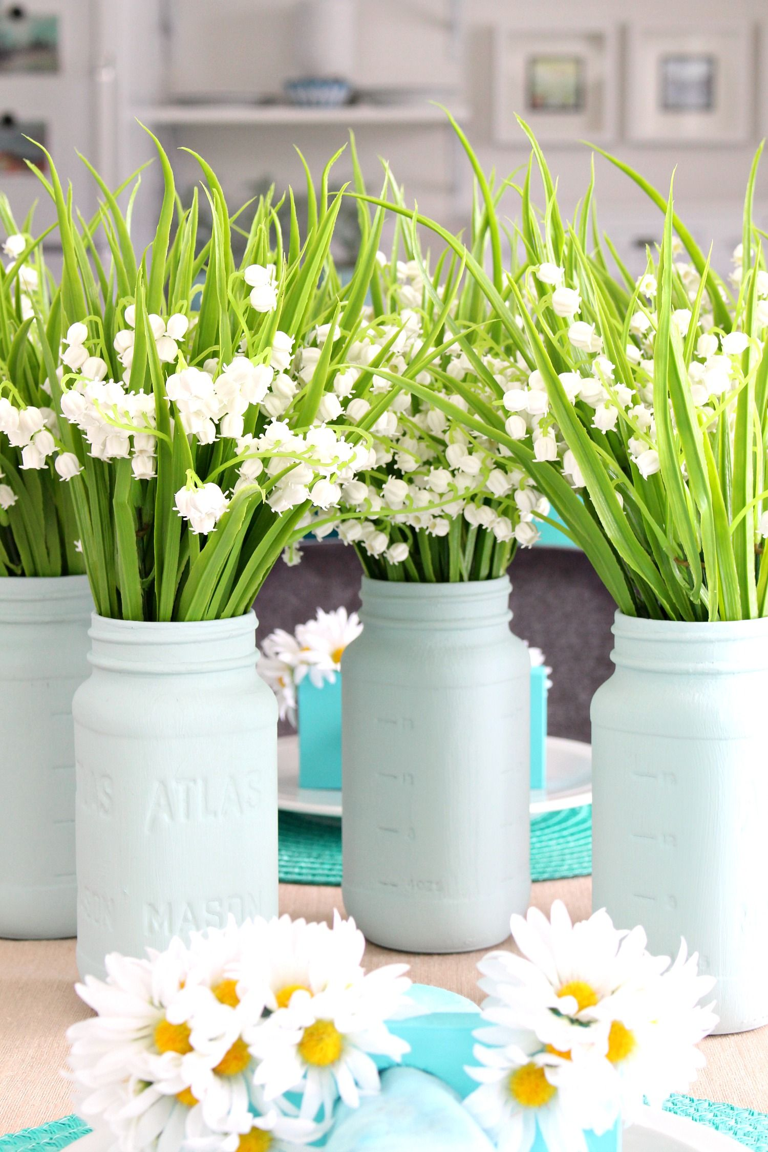 Easy Spring Tablescape Dining Room Decor Spring Decor Diy Spring Decor Spring Tablescapes