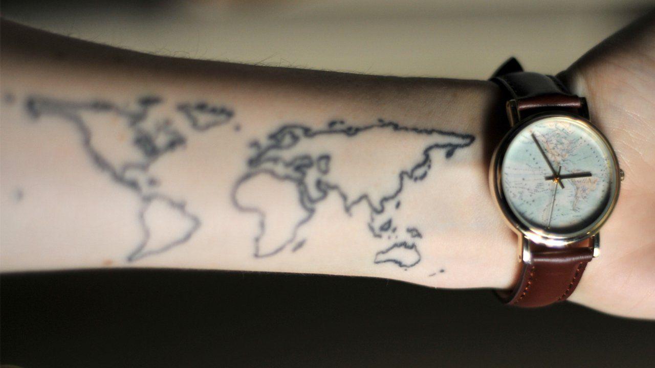 """Quem não gosta de viajar não é mesmo? E quando a viagem é muito boa a gente não se contenta apenas com um singelo souvenir, tem que marcar na pele como tatuagem, para que aquele sentimento inexplicável de uma viagem sempre esteja conosco. Por isso o Tô Longe de Casa separou aqui 18 tatuagens que...<br /><a class=""""more-link"""" href=""""https://viagem.catracalivre.com.br/brasil/viagem-acessivel/indicacao/18-tatuagens-inspiradas-em-viagens/"""">Continue lendo »</a>"""