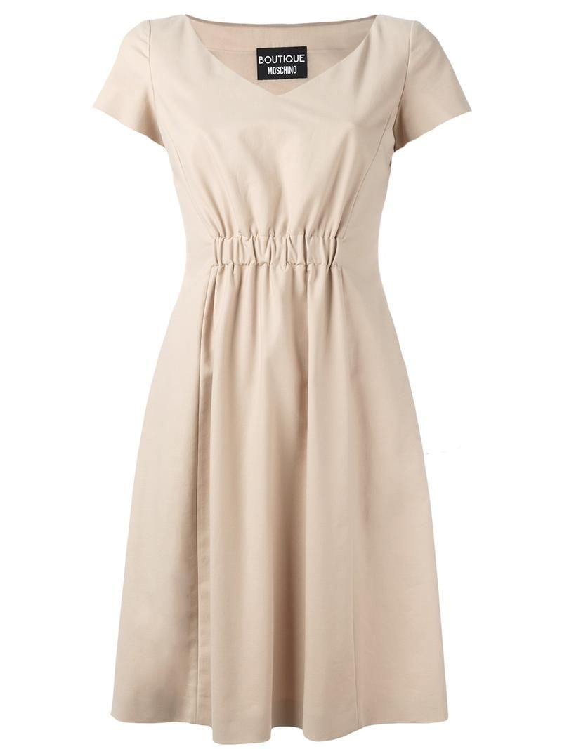 ¡Consigue este tipo de vestido informal de Boutique Moschino ahora! Haz clic para ver los detalles. Envíos gratis a toda España. Boutique Moschino - Pleated Trim Dress - Women - Cotton/Polyester/Acetate/Other Fibers - 44: Nude cotton blend pleated trim dress from Boutique Moschino. Size: 44. Color: Nude/neutrals. Gender: Female. Material: Cotton/Polyester/Acetate/other fibers. (vestido informal, casual, informales, informal, day, kleid casual, vestido informal, robe informelle, vestito…