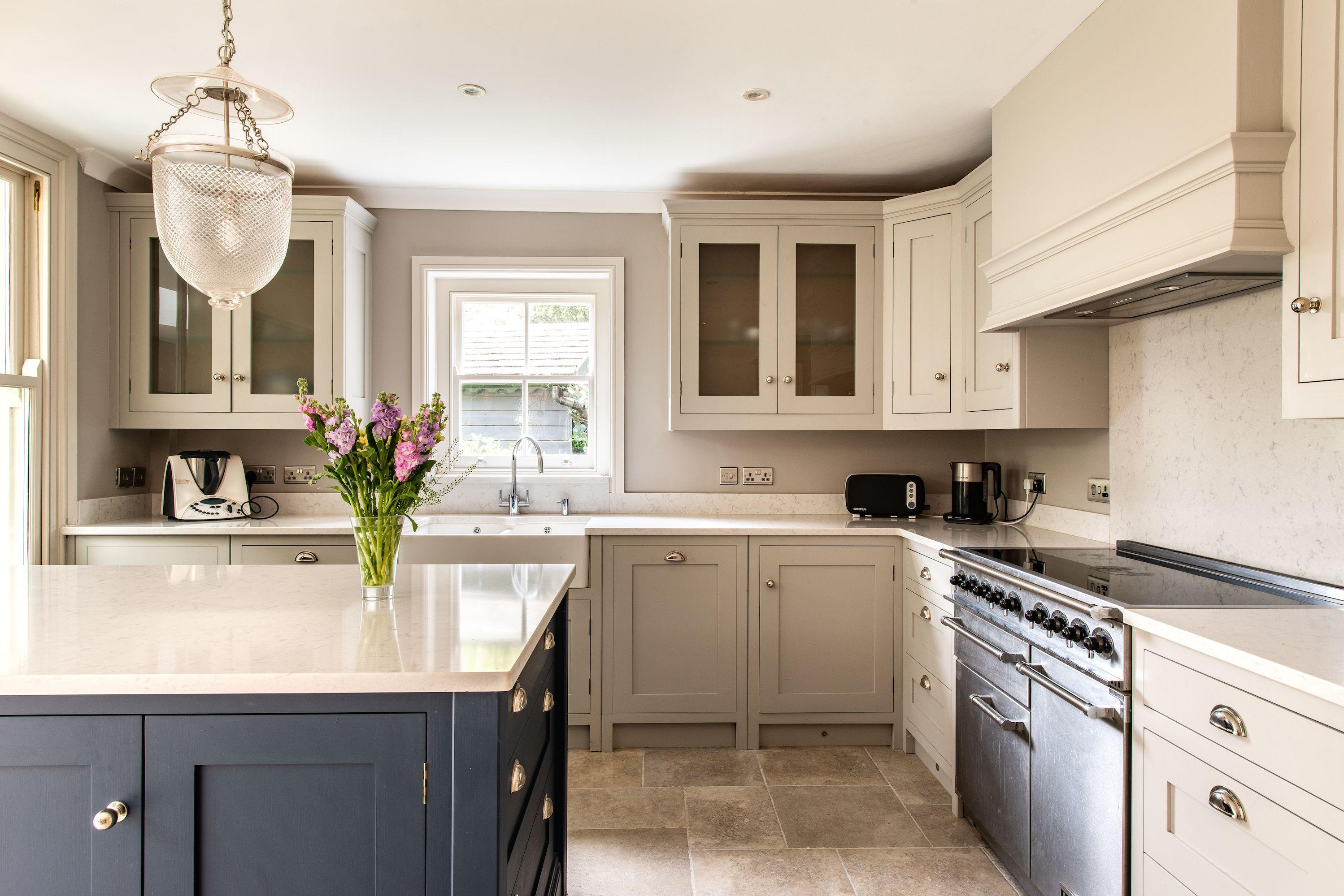 Herringbone Kitchens Bespoke Kitchens Made In Kent Armac Martin Silestone Classic Kitchens Bespoke Kitchens Kitchen