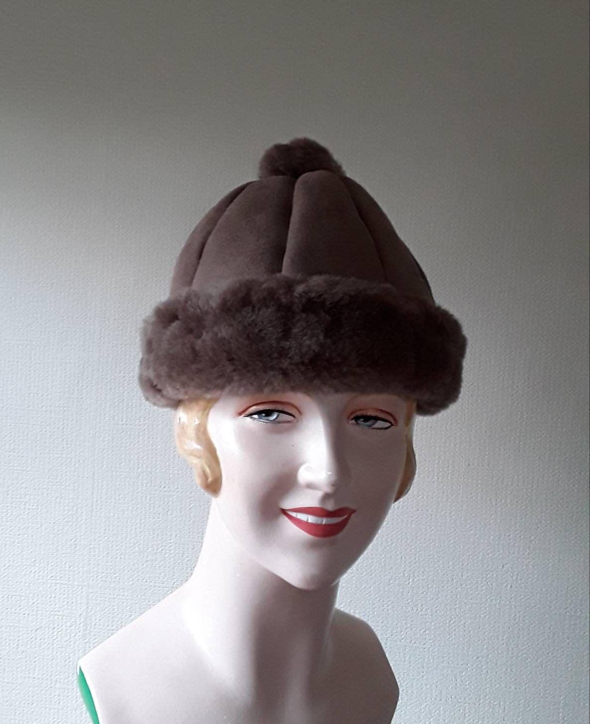 Sheepskin Hat Vintage Taupe Suede Hat Turn Back Rim And Pom Pom Detail Genuine Sheepskin Womens Hat Winter Hats Ma Hats Vintage Winter Hats For Women Suede Hat