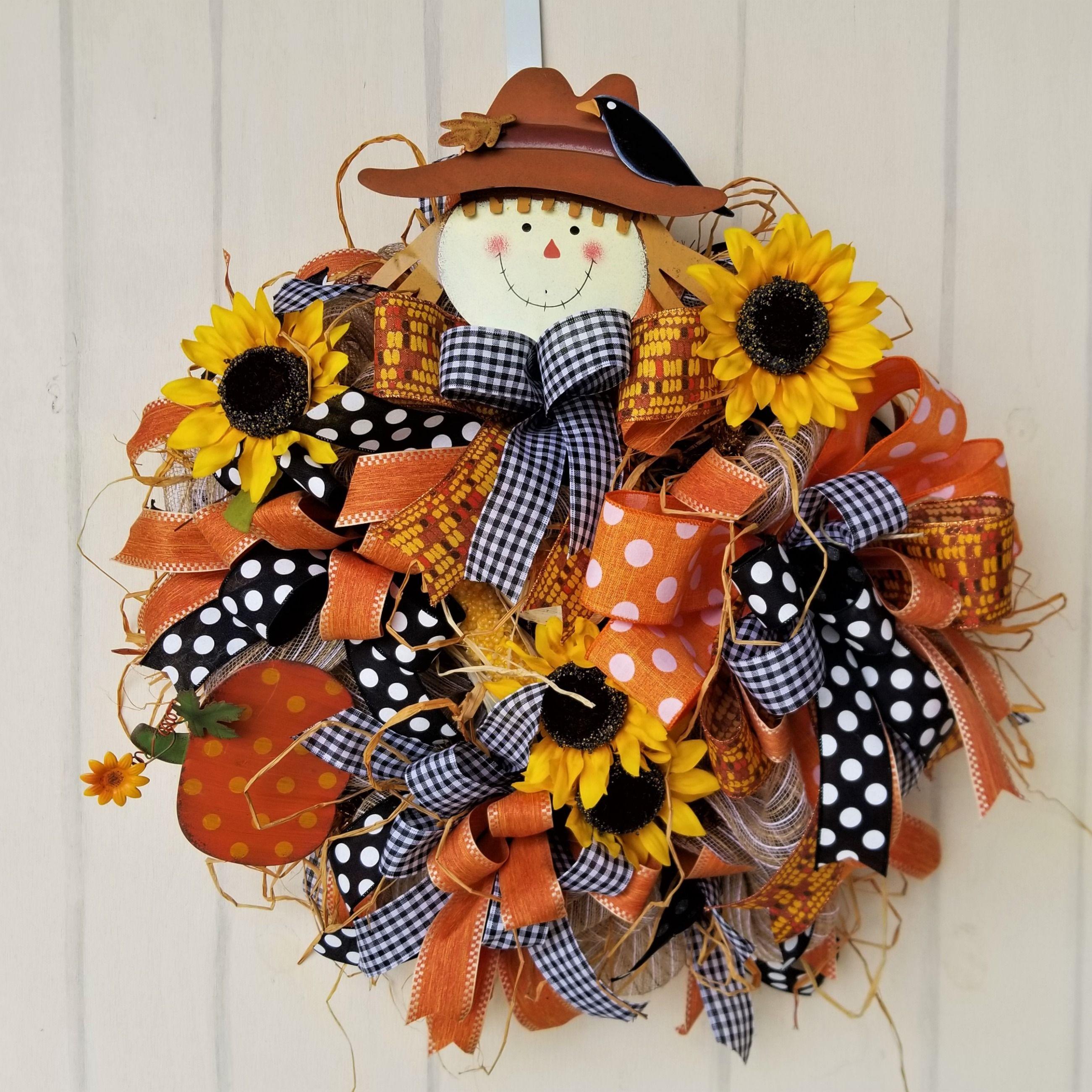 Whimsical Scarecrow Wreath #scarecrowwreath