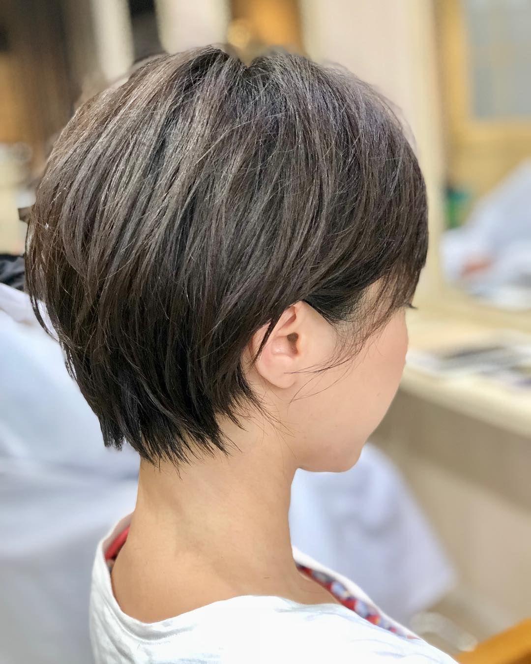 耳掛けショート 髪型 天然パーマ ヘアスタイリング