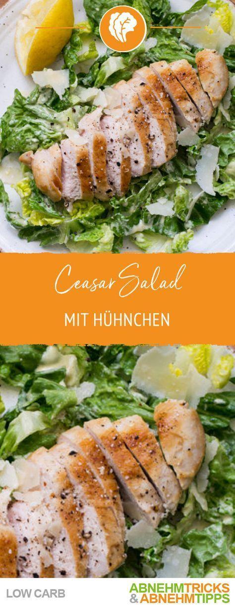Súper sabrosa ensalada César baja en carbohidratos con pollo crujiente