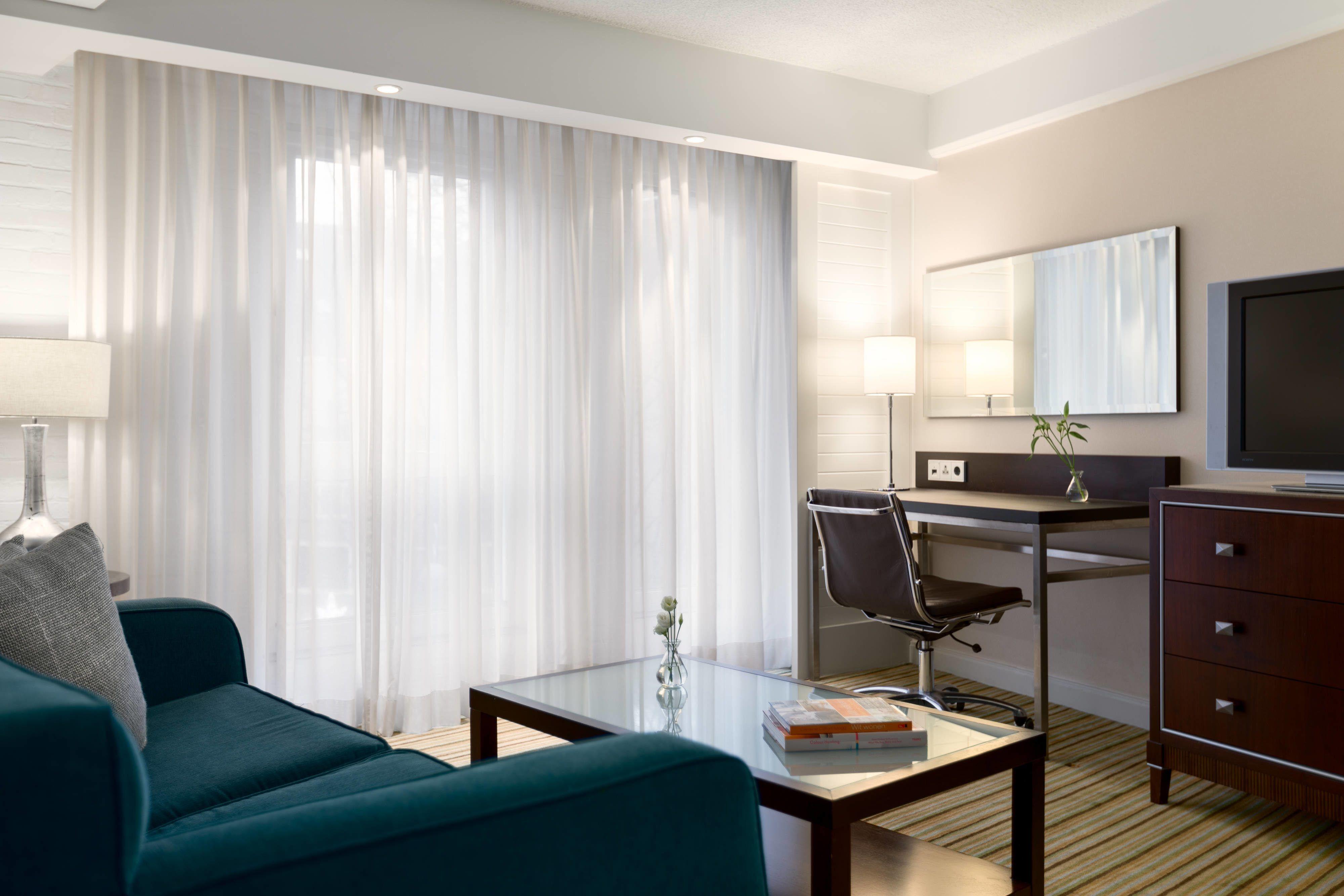 Renaissance Amsterdam Hotel Superior Guest Room #Guestbathroom, #Guestroom, #Relax,