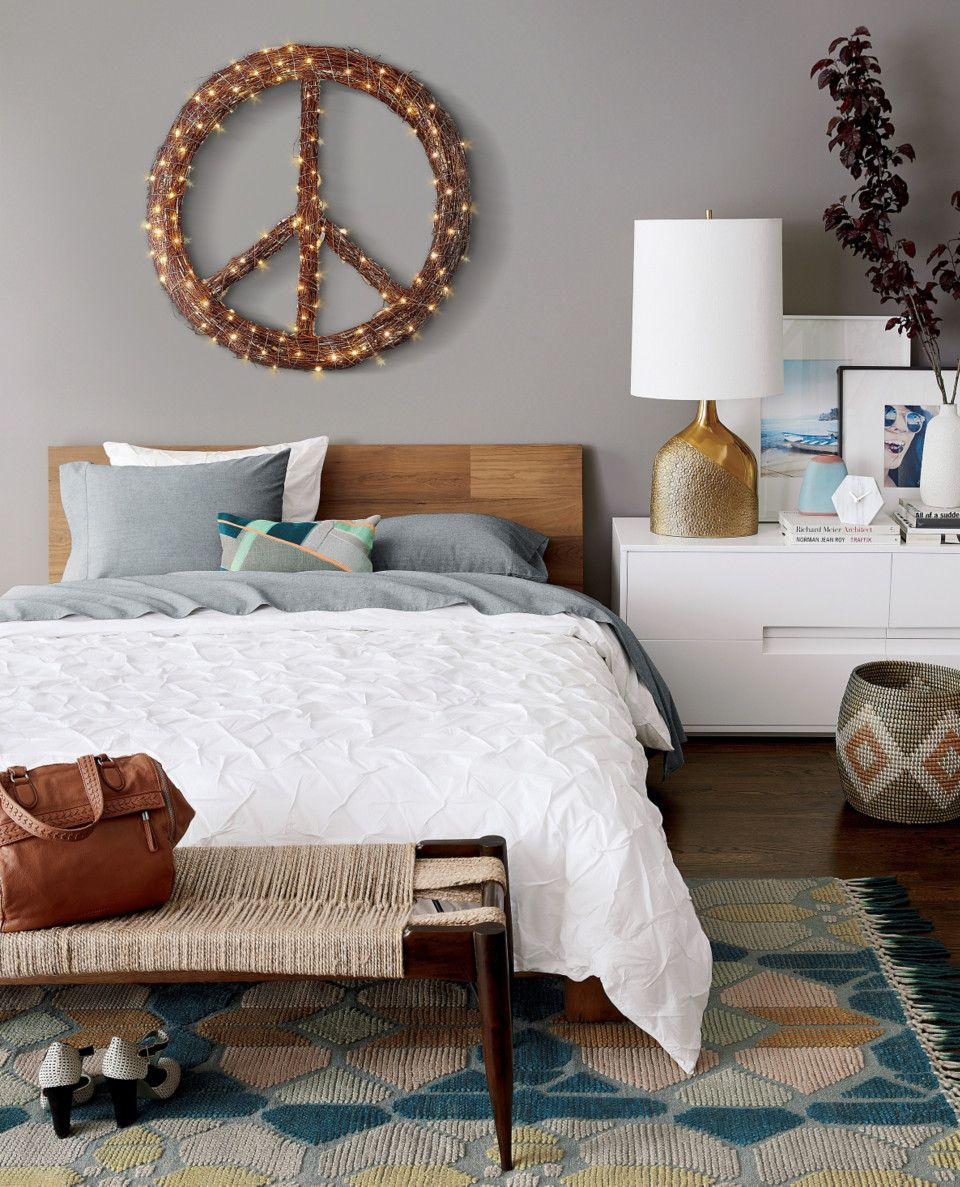 Bright And Bold Guest Bedroom: Small Guest Rooms, Bedroom Styles