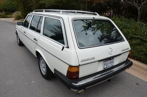 Bat Exclusive Clean 1985 Mercedes Benz 300td Mercedes Benz World Mercedes Mercedes Benz Classic