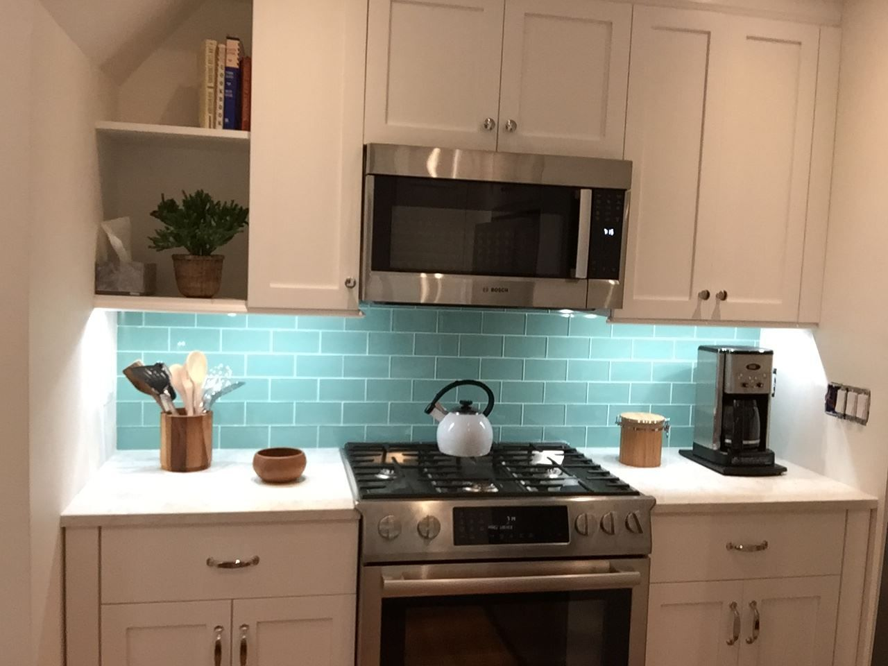 subway tile kitchen backsplash grey grout tiles home from Grouting ...