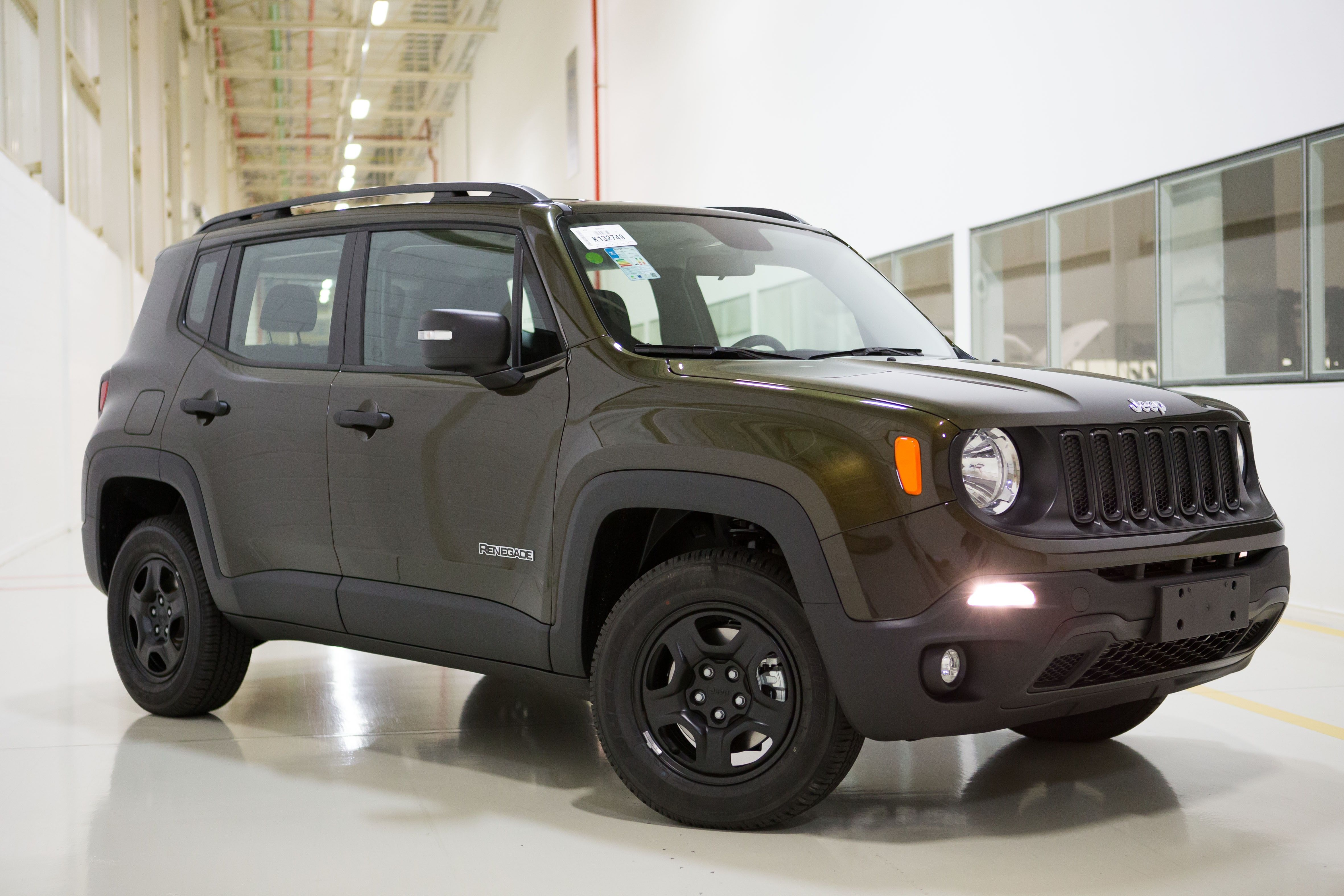 2015 jeep renegade black a nice car looks exactly like my younger sister s car favorite cars pinterest jeep renegade jeeps and cars