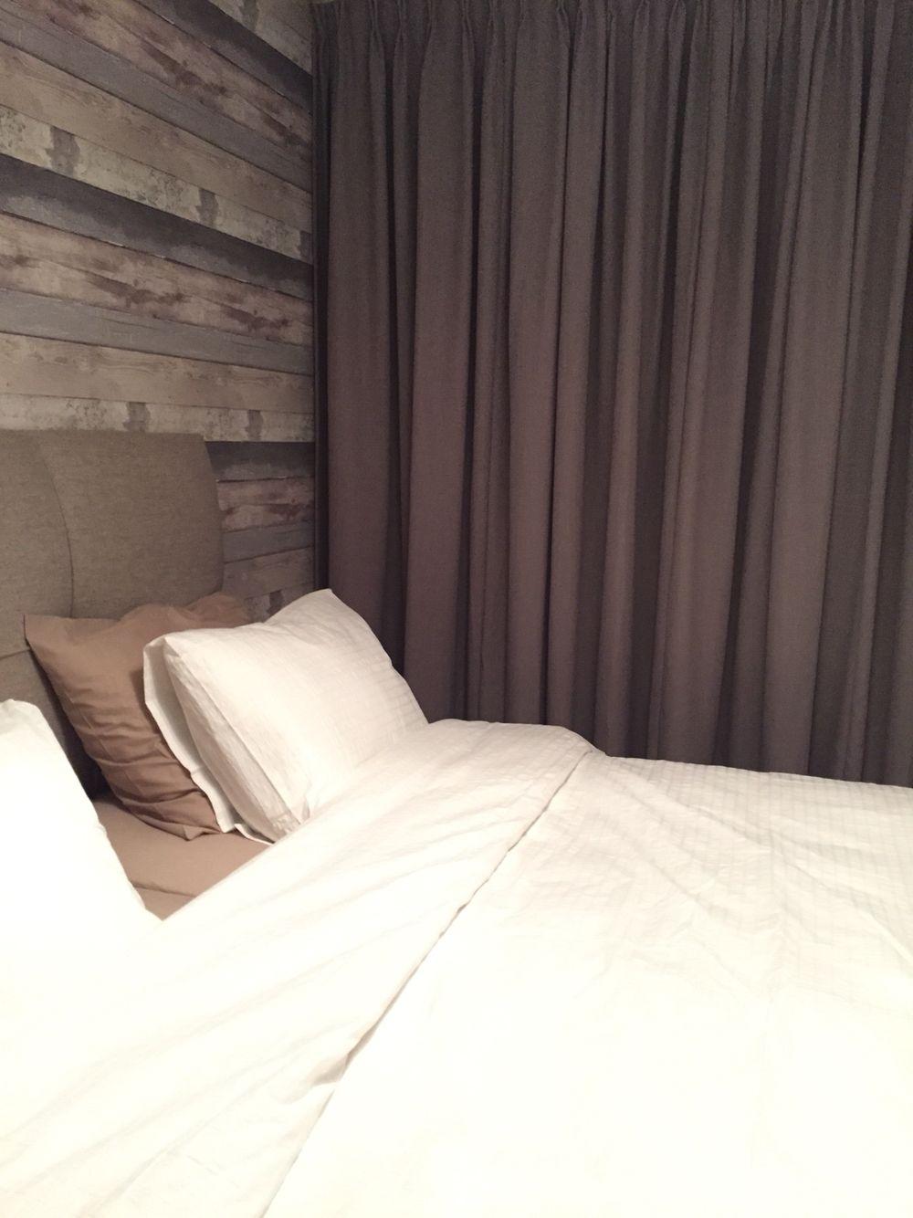 Slaapkamer #Behang van VT Wonen, horizontaal aangebracht i.p.v ...