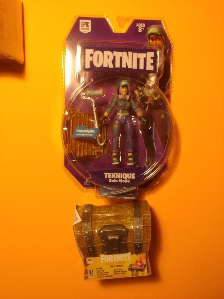 Fortnite Action Figure 4 Teknique And 1 Loot Chest Jazwares Epic