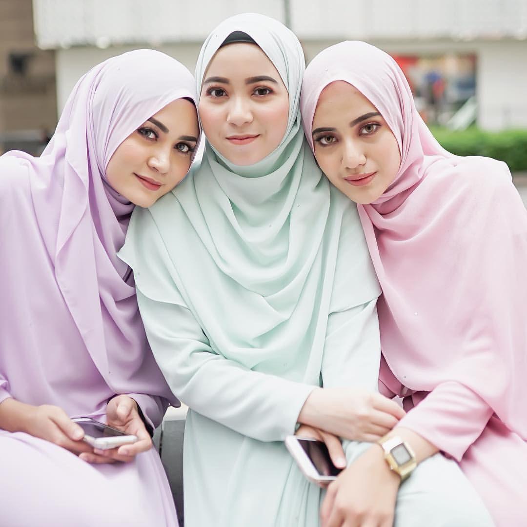 "143 Likes, 3 Comments - Fatin Suhana (@fatinsuhana) on Instagram: ""Harap2 pregnant nanti baby kembar 3  . credit to @azmwhb and models cecuns @eryneghazali…"""