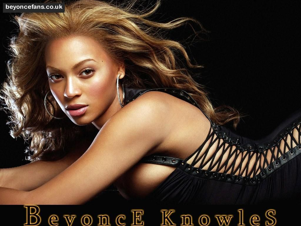 What concert did beyonce come out in the mechanical bee outfit - Google Search