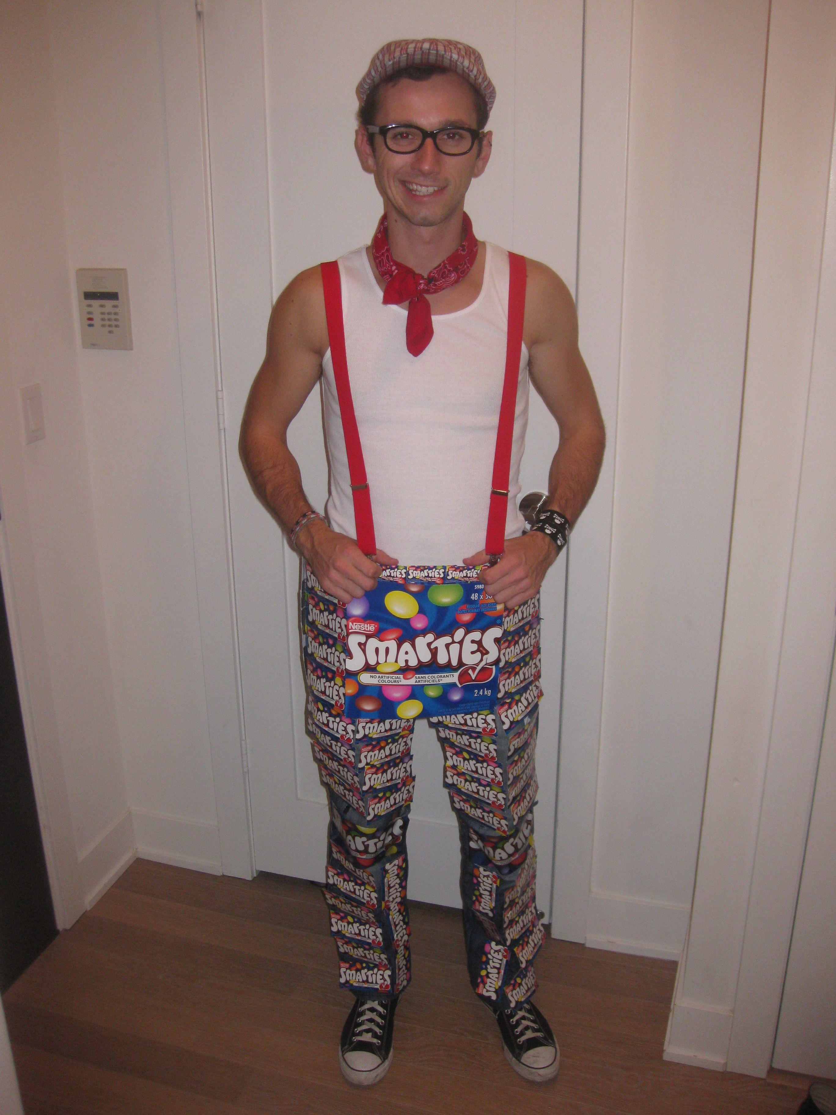 Halloween Pun Costume: Smartie Pants | Creative Ideas/ DIY