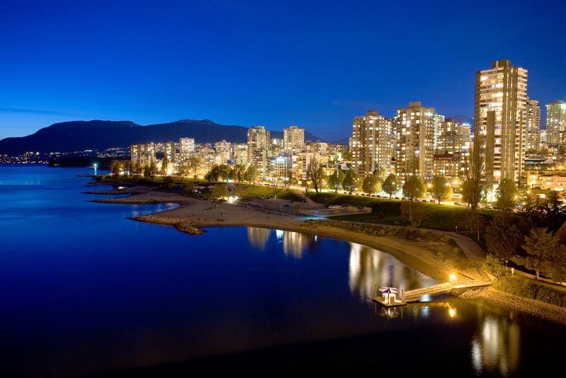Vancouver S Blissfully Blue English Bay Weburbanist Image