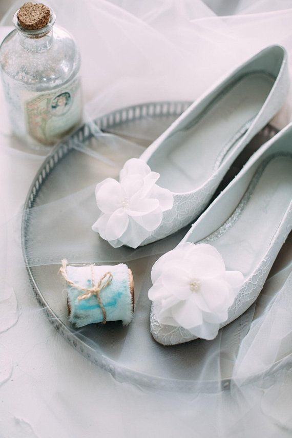 1695323ba11a Lace wedding shoes