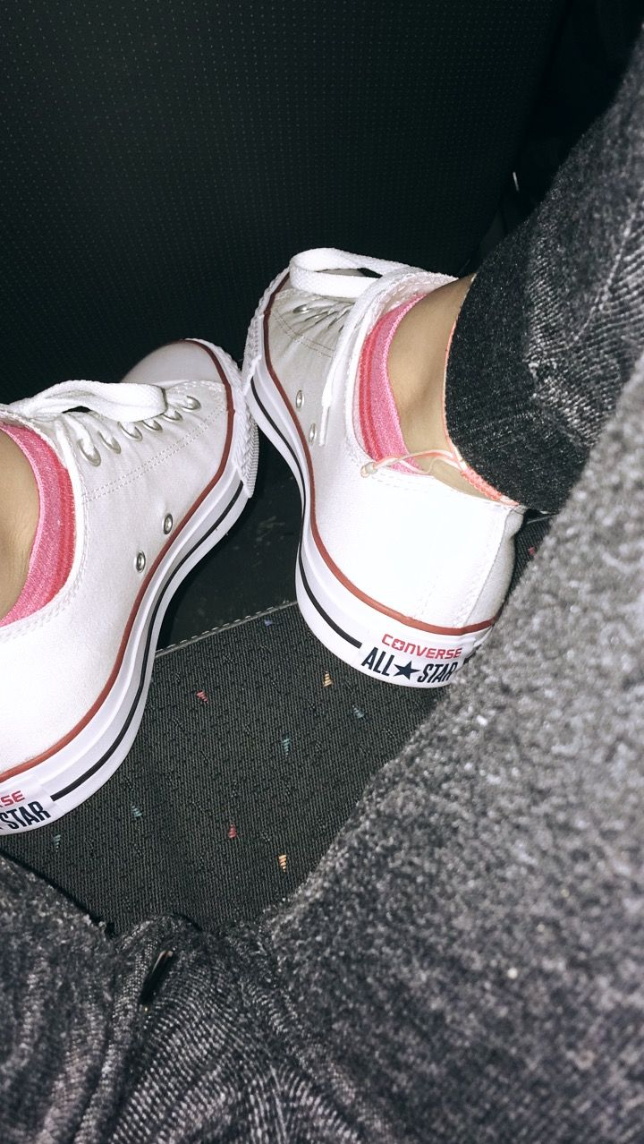 2019 year style- All converse white tumblr pictures