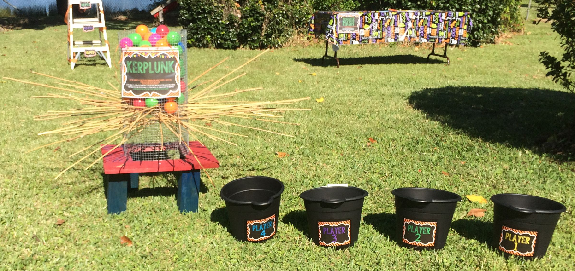 kerplunk fun game used bamboo sticks black buckets are from