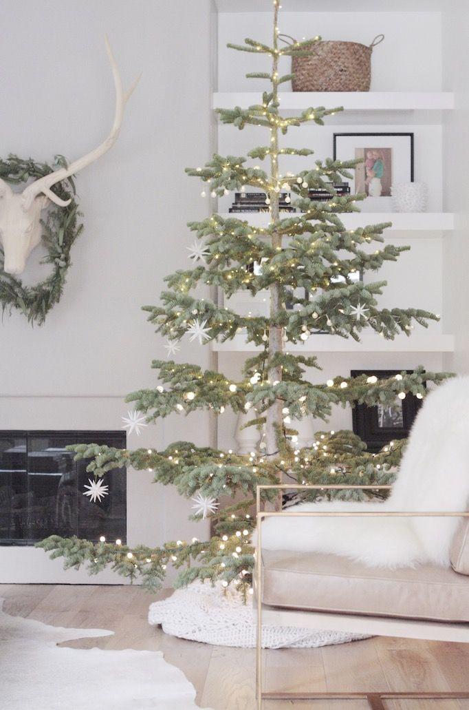 Sparse Christmas Tree Decorating.A Simple White Christmas Owens And Davis Christmas