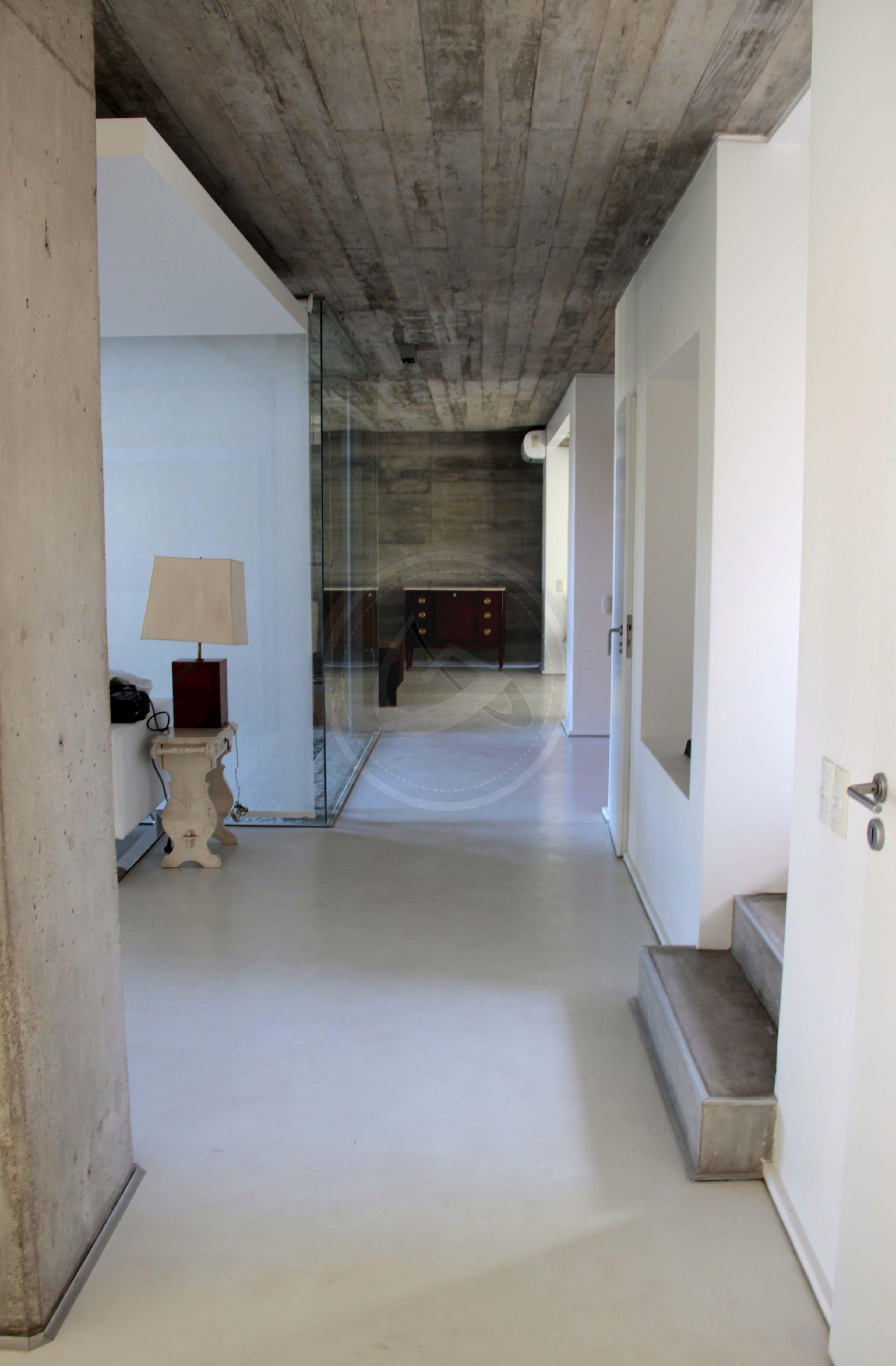 Microcemento interior showroom general alvear 789 centro c rdoba tel 0351 4240297 - Microcemento cordoba ...