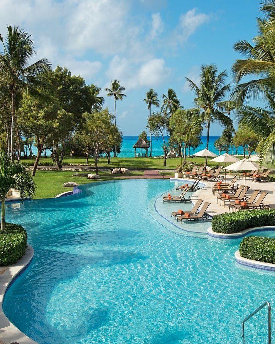 #resort #hotel #allinclusive #beach #pool #restaurant #drinks #cocktails #sunny #eat #relax #travel #vacation #holidays #trip #travelblogger #photography #leisure #tourist #palmtrees #dominicanrepublic #island #paradise #adventure