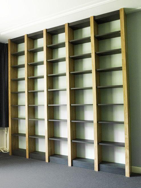 Eiken bibliotheek boekenkast van meubelontwerper en meubelmaker Paul ...