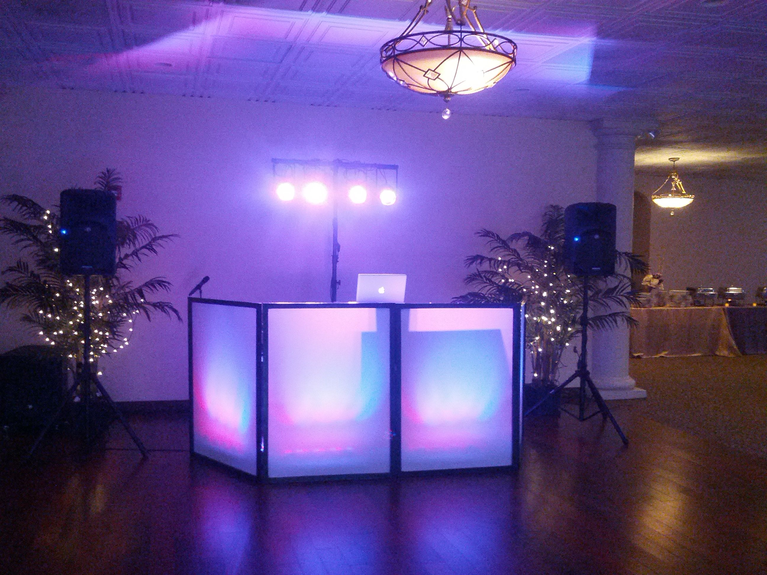 Dj Led Facade With Dance Floor T Bar Lighting Harbour View Musica Electronica Dj Musica