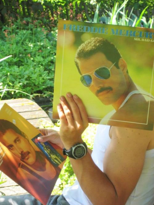 Fun with a Freddy Mercury album cover. :D