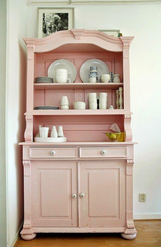 25 idées pour mettre un peu de rose dans nos vies Brocante, DIY - comment peindre un vieux meuble