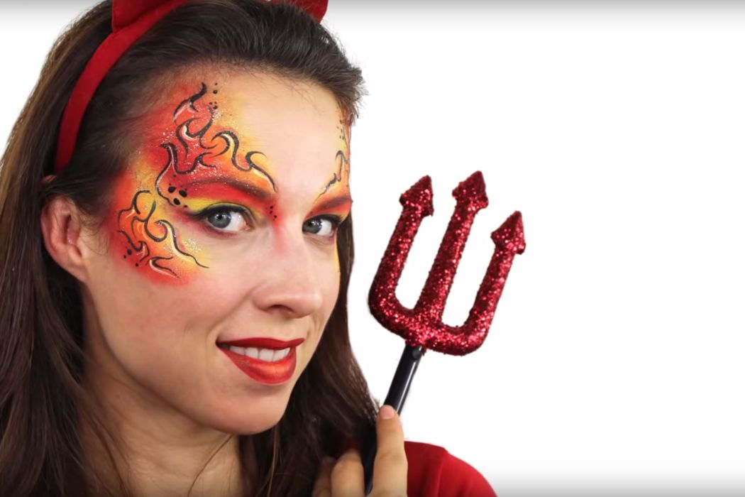 If you\u0027re after an easy Halloween costume, then the devil is your - easy makeup halloween ideas