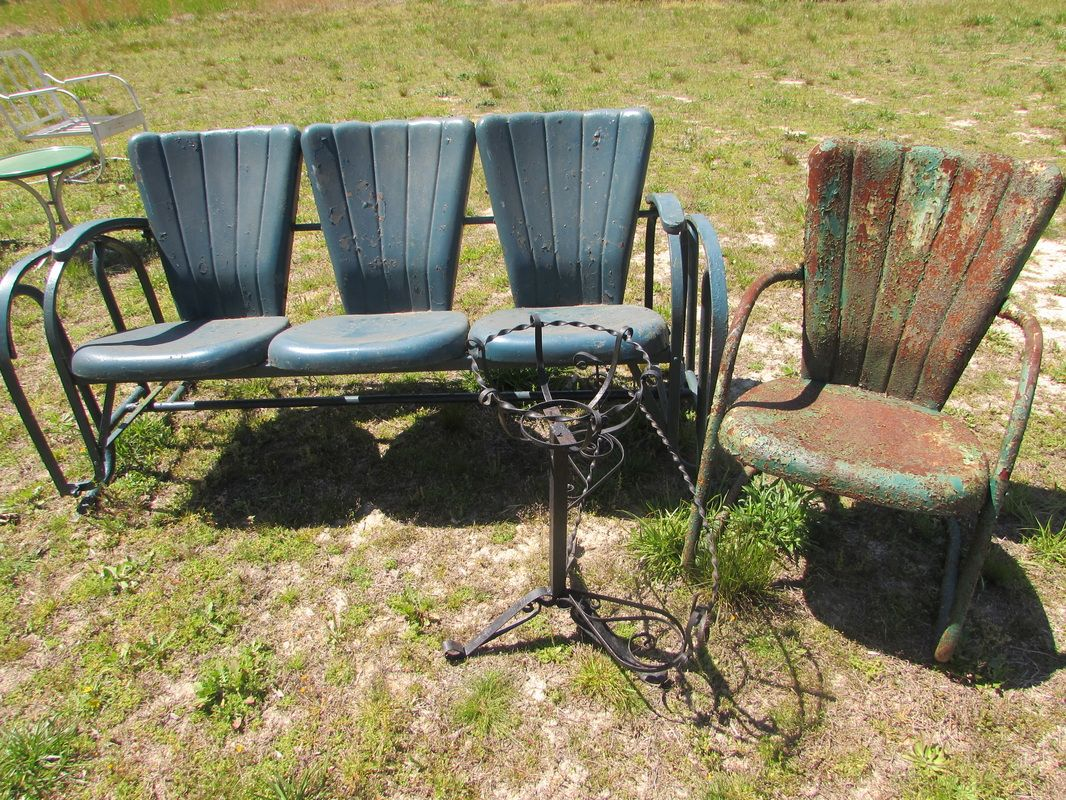 Mid Century Troy Sunshade Company Vintage Metal Lawn Chair And Rare Three  Seat Glider.