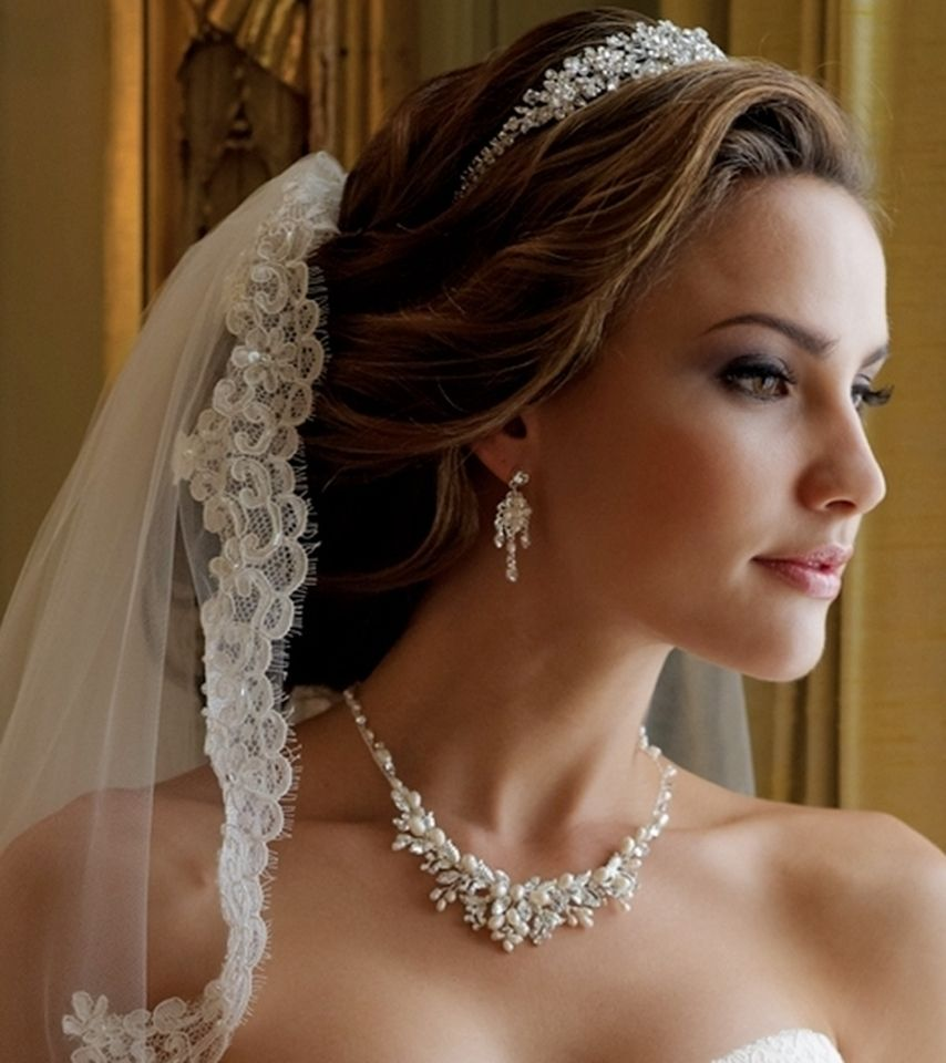 Wedding Hairstyles With Tiara And Veil: Floral Fantasy Pearl Wedding Jewelry Set