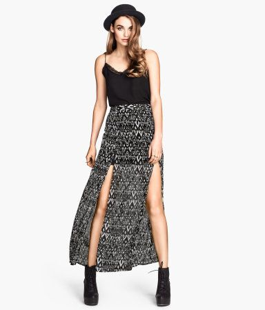 09e77cffe518 Black and white printed maxi skirt. H&M. #HMDIVIDED | H&M DIVIDED ...
