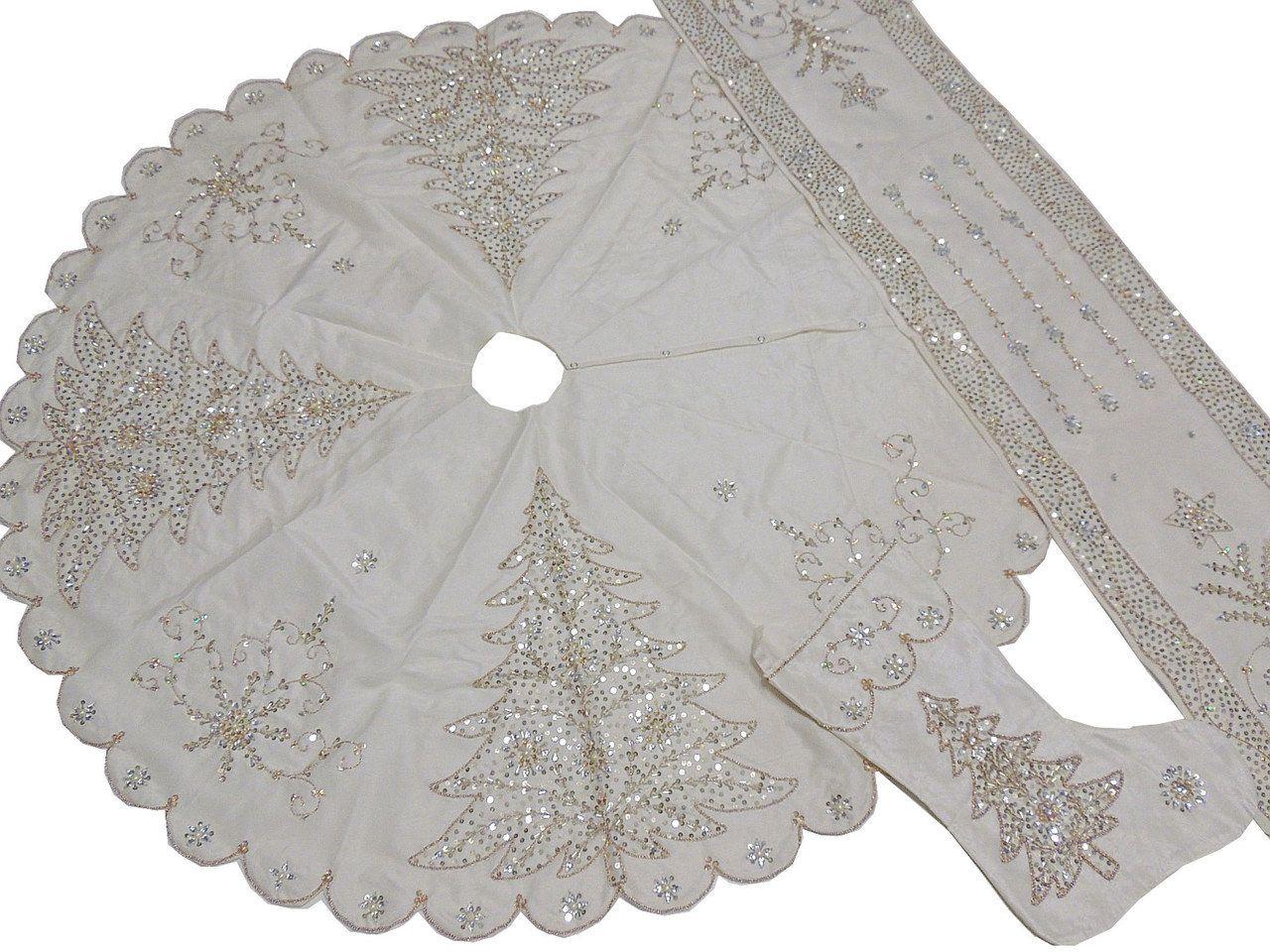White Christmas Tree Skirt Stocking Runner Set - Novelty Beaded ...