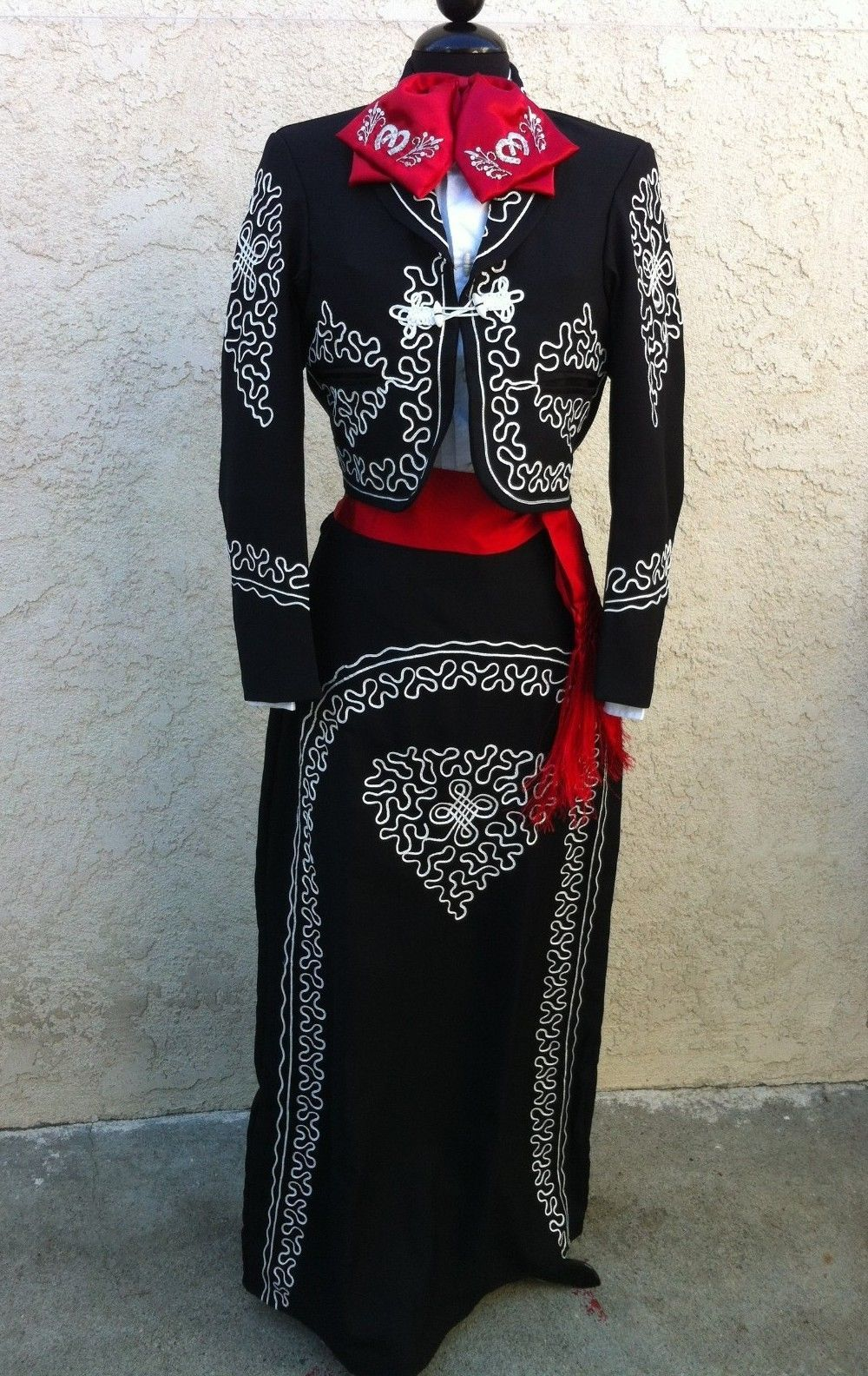 5af99bae1 Mexican Charra Mariachi Suit Size 42 from Mexico 5 Pieceset Traje Charra  TALLA42 | eBay
