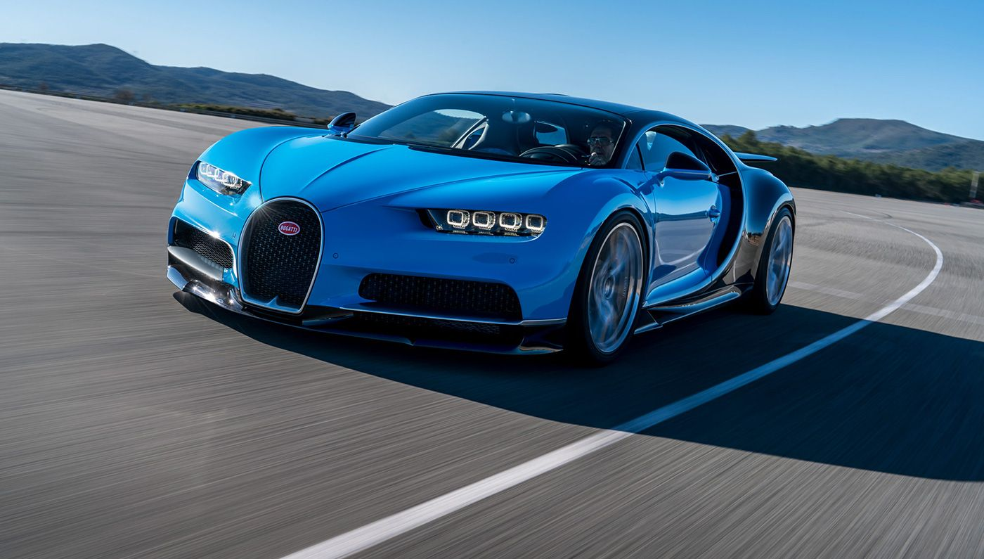 The Bugatti Chiron Has Just Been Revealed Photos Specs Price Breaking News Bugatti Cars Bugatti Chiron New Bugatti Chiron