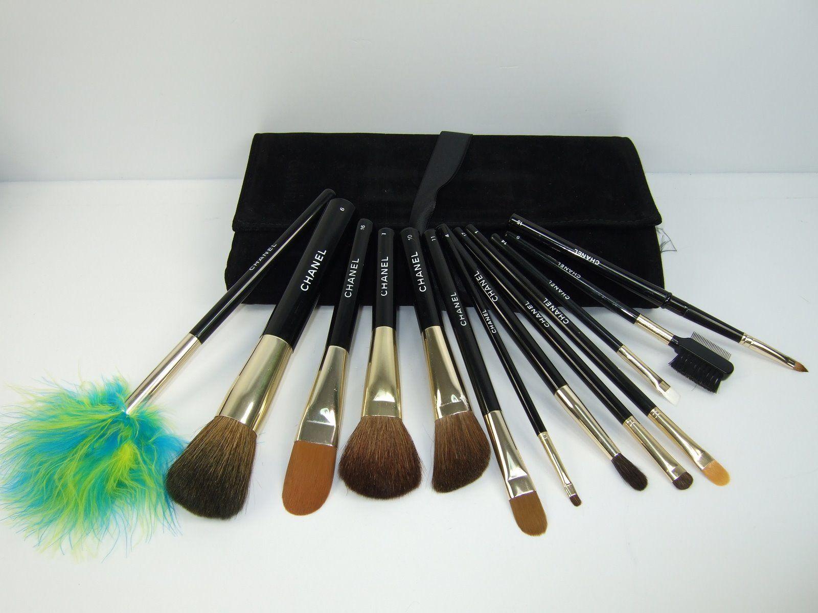 Chanel Make up brushes.