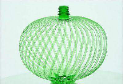 Eduard Aldrovandi / Pet Art / plastic bottle recycle #plasticbottleart