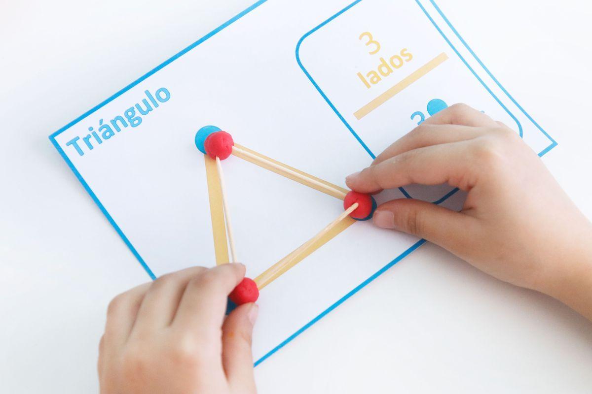 Figuras Geométricas En Plastilina Y Palillos Figuras Geometricas Para Preescolar Figuras Geometricas Primaria Actividades De Figuras Geometricas