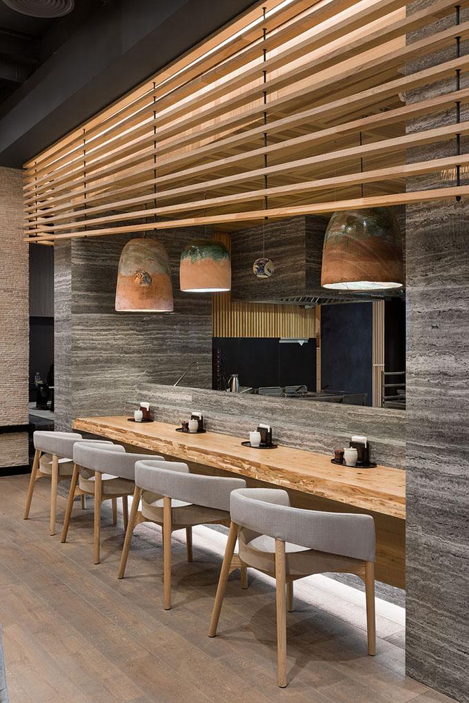 Japanese Restaurant Fujiwara Yoshi By Sergey Makhno Architects Japanese Restaurant Interior Japanese Restaurant Design Restaurant Interior